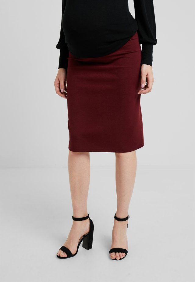 SKIRT KNEE - Pencil skirt - cabernet