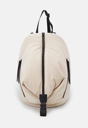 BACK FREE SOFT VIANA - Plecak - white