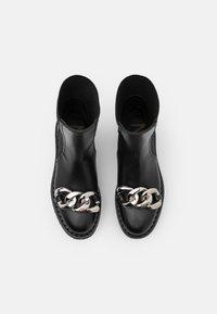 N°21 - BOOTS - Platform ankle boots - black - 4