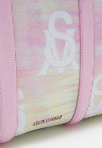 Steve Madden - BHUE - Weekend bag - pastel - 3