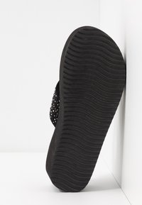flip*flop - WEDGE CROSS CRYSTAL - Heeled mules - black - 6