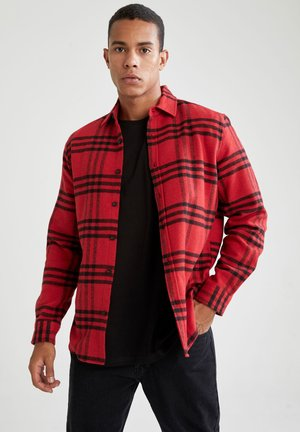 REGULAR FIT - Shirt - red