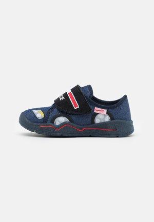 BENNY - Slippers - blau