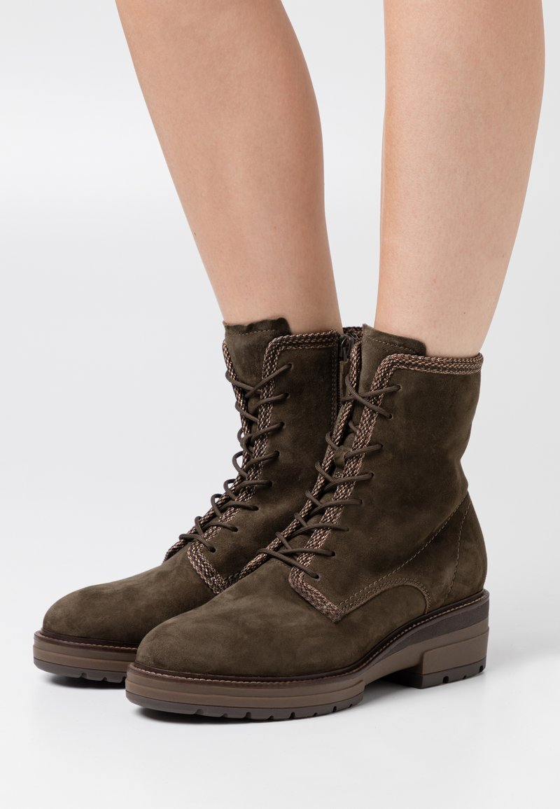 Tamaris Pure Relax - BOOTS  - Platform ankle boots - dark olive