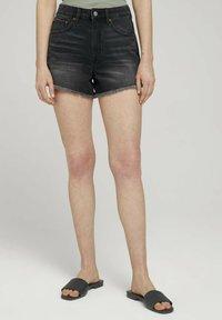 TOM TAILOR DENIM - Denim shorts - destroyed dark stone grey deni - 0