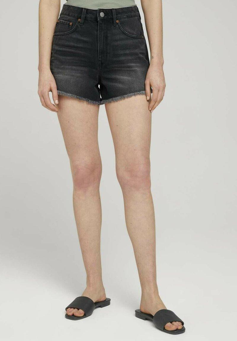 TOM TAILOR DENIM - Denim shorts - destroyed dark stone grey deni