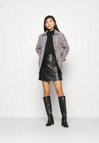 Anna Field - PU leather mini skirt - Minisukně - black - 1