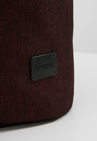 Spiral Bags - TRIBECA - Batoh - crosshatch burgundy - 5
