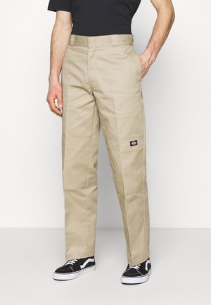 DOUBLE KNEE WORK PANT - Pantalones - khaki
