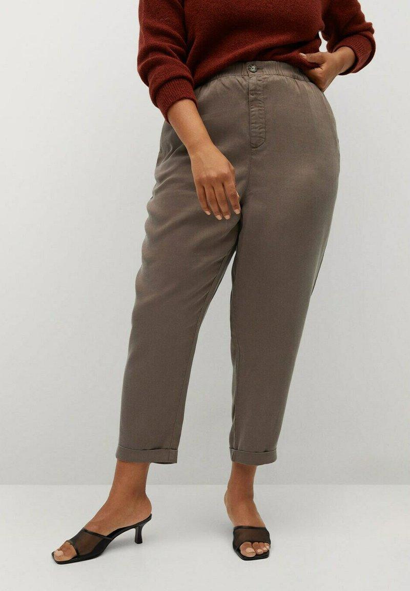 Violeta by Mango - NAIROBI - Trousers - mittelbraun