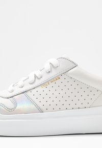Cole Haan - GRANDPRO RALLY COURT - Trainers - optic white/iridescence silver/nimbus cloud - 2