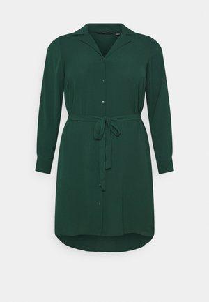 VMSAGA DRESS  - Sukienka koszulowa - pine grove