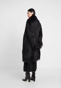 MM6 Maison Margiela - Zimní kabát - black - 2