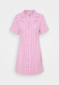 Monki - MAJA DRESS - Shirt dress - pink check - 0