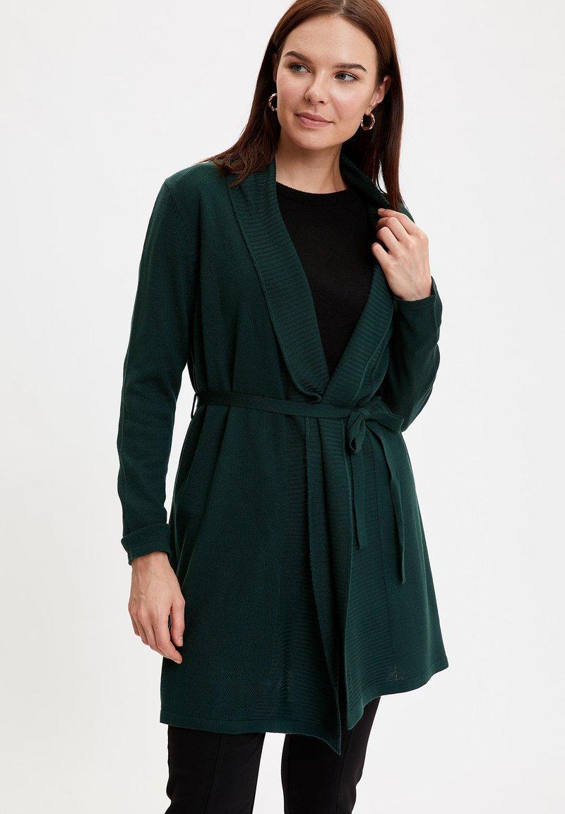 DeFacto - Cardigan - green