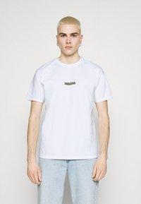 WAWWA - CLOUD CAMO UNISEX  - Print T-shirt - white - 0