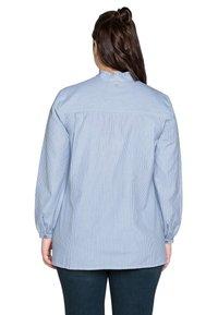 Sheego - Button-down blouse - offwhite gestreift - 2