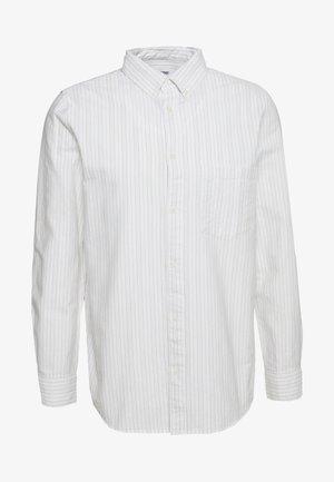 HENNING STRIPED SHIRT - Skjorta - white