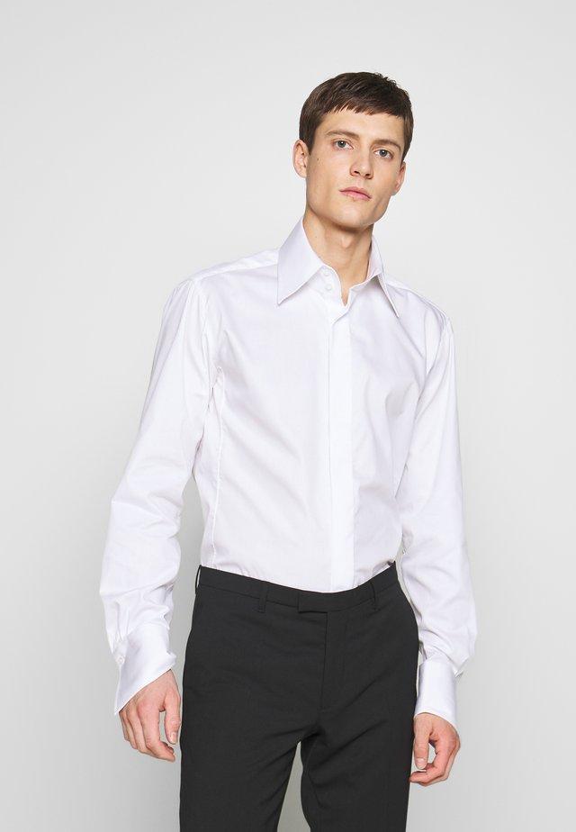 MODERN FIT - Koszula biznesowa - white