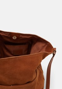Anna Field - LEATHER - Across body bag - cognac - 2