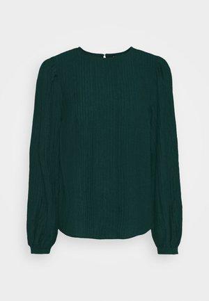 VMNANNA - Langærmede T-shirts - ponderosa pine