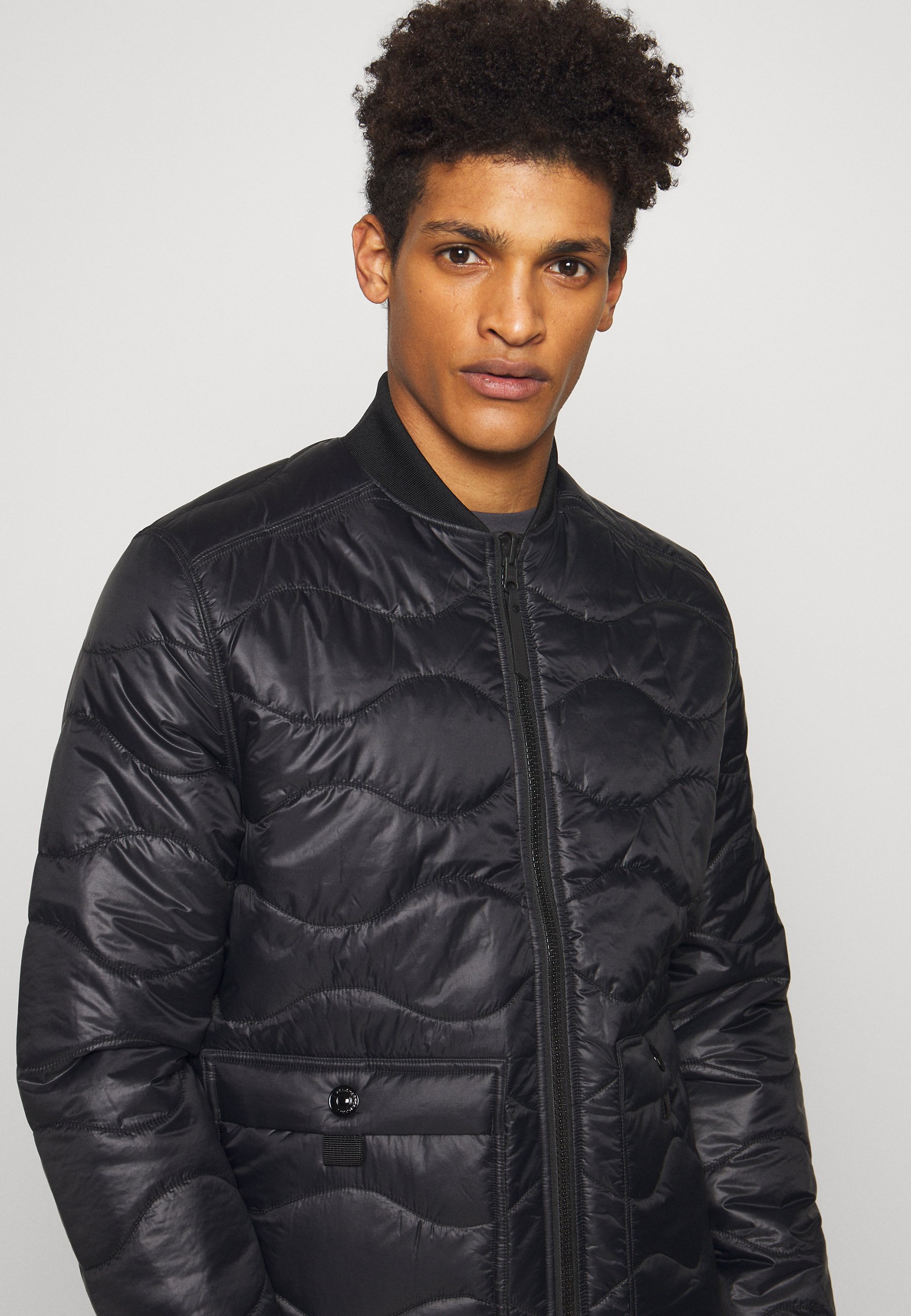 Peak Performance Urban JACKET - Veste légère - black