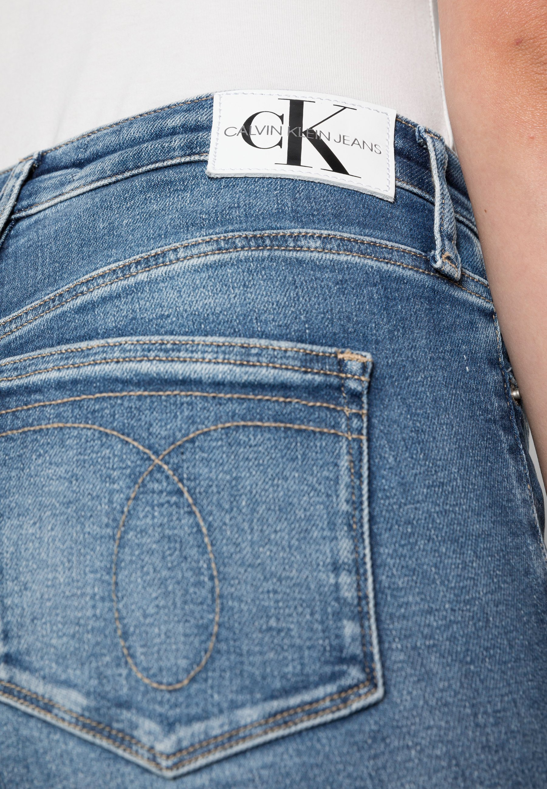 Femme HIGH RISE SKINNY ANKLE - Jeans Skinny