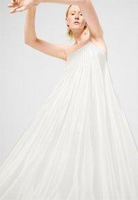 House of Dagmar - AMBER - Vestito elegante - white - 5