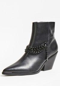 Guess - PATZIY - Ankle boots - noir - 1