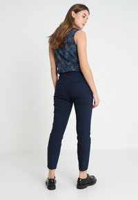 Vila - Trousers - navy - 2