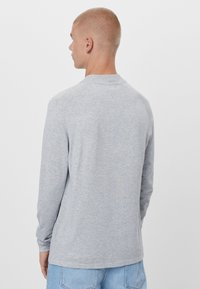 Bershka - Stickad tröja - grey - 2