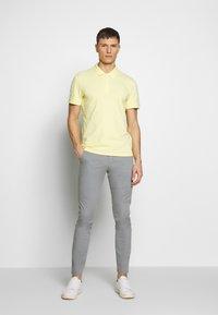 NN07 - JOE - Trousers - medium grey - 1