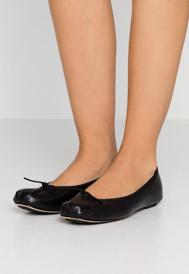 NIZIERI - Ballet pumps - noir