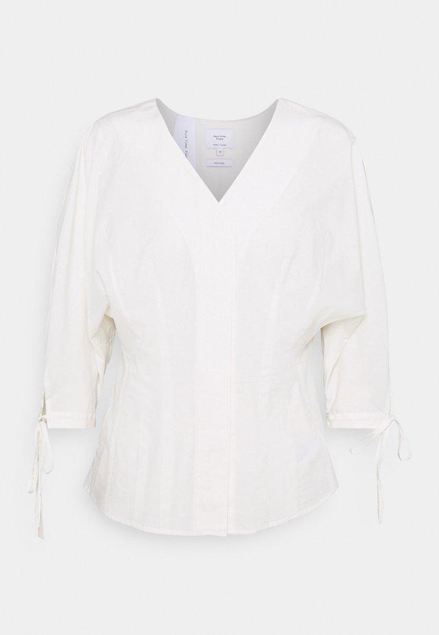 BLOUSE FITTED BODY - Bluzka z długim rękawem - white