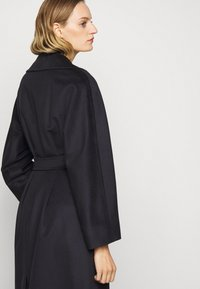 WEEKEND MaxMara - RESINA - Classic coat - navy - 4