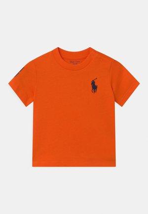 Print T-shirt - sailing orange