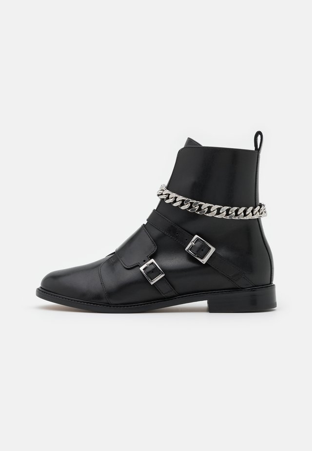 FORCHAINS - Bottines - noir