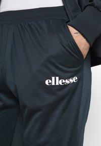 Ellesse - SPENCE - Træningssæt - navy - 8