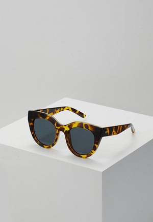 AIR HEART - Sunglasses - syrup tort