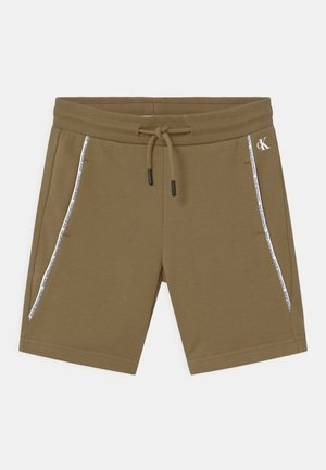 LOGO PIPING - Shorts - green