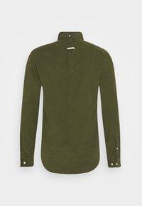 forét - MOSS SHIRT - Shirt - army - 8
