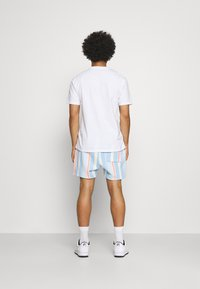 Tommy Jeans - STRIPE SHORT - Shorts - light powdery blue - 2