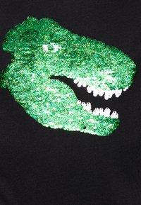 Abercrombie & Fitch - INTERACTIVE - T-shirt z nadrukiem - dark - 2