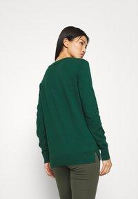 GAP - CREW - Jumper - pine green - 2