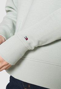 Tommy Hilfiger - REGULAR - Sweatshirt - delicate jade - 5