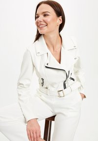 DeFacto - Light jacket - white - 1