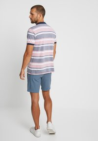 Selected Homme - SLHSTRAIGHT CHRIS - Shorts - blue shadow