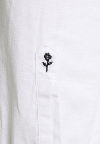 Seidensticker - LIGHT KENT - Formal shirt - weiß - 2