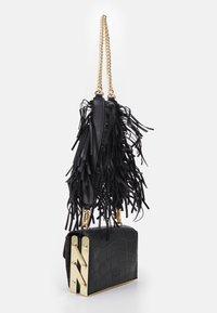 Pinko - LOVELINK ORGANIZED EFFECT - Across body bag - black - 2
