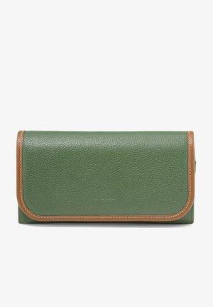 SUNSET  - Wallet - grün